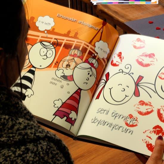 Karikatürlü Kitaplar