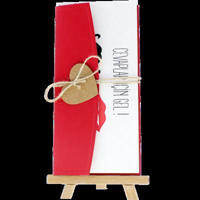 Açık Davetiye Zarfı - 21x10-Kırmızı- İpli, Kraft Kalpli zarf