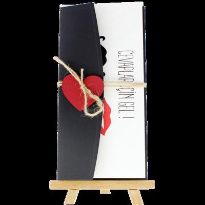 Açık Davetiye Zarfı - 21x10-Siyah- Kırmızı Kalpli zarf
